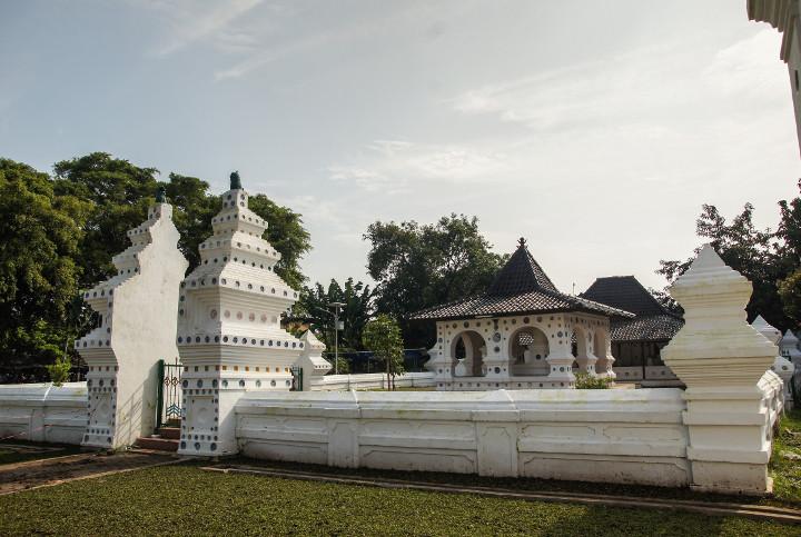 Keraton Kanoman Pusat Peradaban Kesultanan Cirebon