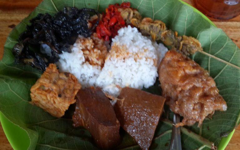 Nasi Jamblang dan awal sejarahnya