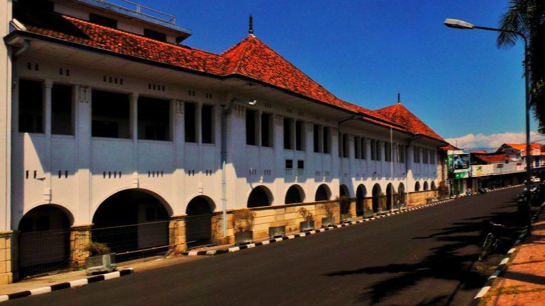 Gedung BAT Di Cirebon ( British American Tobacco )