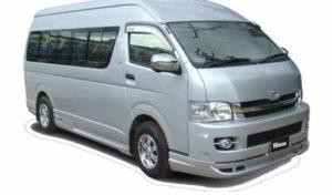 Toyota Hiace saat ini telah menjadi primadona untuk angkutan 15 orang. Idaman untuk jasa travelling baik dalam kota maupun luar kota.