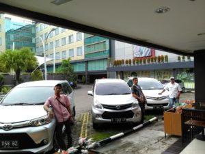 jenis layanan rental mobil di cirebon